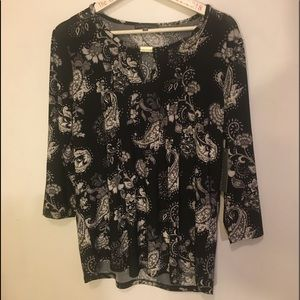 Blouse  NWT black and white